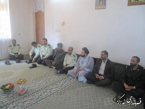 دیدار فرماندار بندرگز با خانواده شهید موسوی