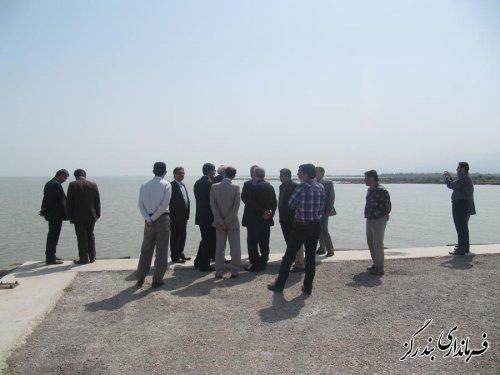 بازدید معاون توسعه و تجهیز سازمان بنادر و دریا نوردی از ساحل دریای بندرگز