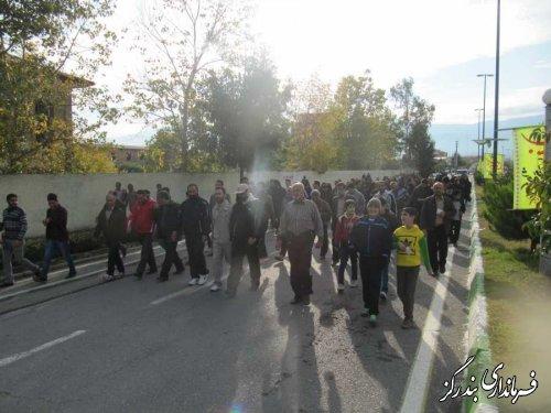 همایش پیاده روی خانوادگی در بندرگز برگزار شد