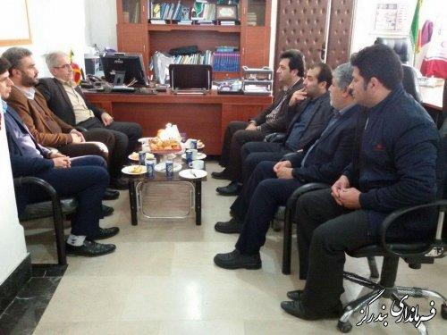دیدار فرماندار شهرستان کردکوی باتفاق کارکنان با فرماندار بندرگز
