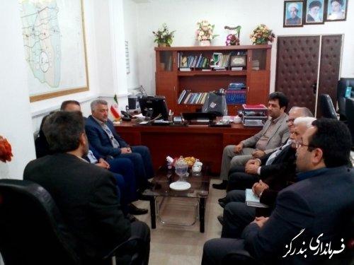 دیدار رییس و اعضای کانون بازنشستگان تامین اجتماعی گلستان با فرماندار بندرگز