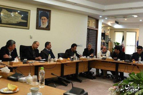 نشست استاندار گلستان ، معاونان استاندار و فرماندار بندرگز با نماینده سرمایه گذار عمانی شرکت آرمان طبیعت