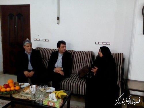 افتخار ایران اسلامی به وجود شهدا و خانواده آنهاست