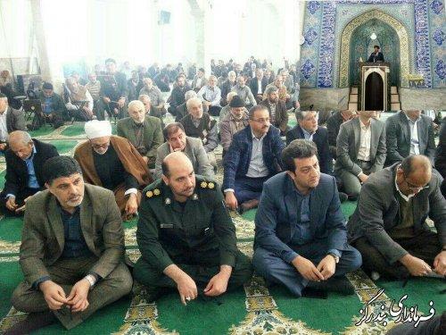 حضور فرماندار و مدیران اجرایی بندرگز در نمازجمعه
