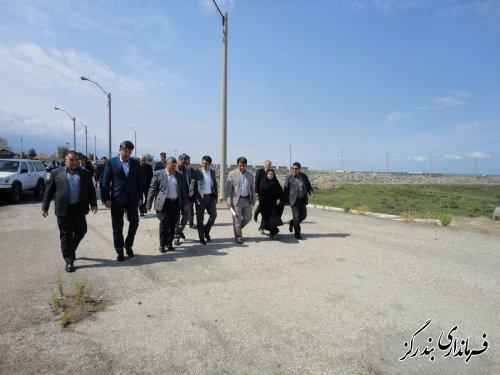 مدیرعامل سازمان بنادر و دریانوردی از ساحل دریای بندرگز بازدید کرد