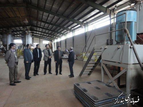 بازدید فرماندار بندرگز از واحد تولیدی چوب پلاست توسکا