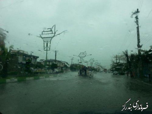بارش شدید باران باعث آبگرفتگی بندرگز شده است