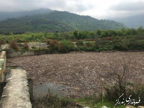 بازدید رییس سازمان مدیریت و برنامه ریزی گلستان و فرماندار بندرگز از سازه کنترل سیلاب نوکنده
