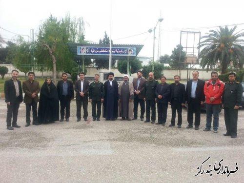 پاسداران انقلاب اسلامی همواره به بزرگ پاسدار اسلام ، امام حسین (ع) اقتدا میکنند