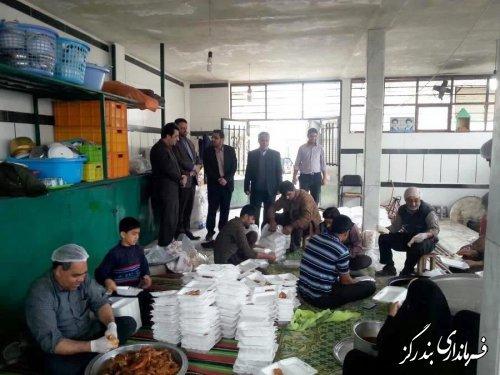 20 هزار پرس غذای گرم از بندرگز برای مناطق سیل زده گلستان ارسال شد