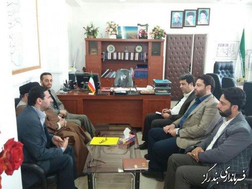دیدار مدیر نمایندگی آستان قدس گلستان با فرماندار بندرگز