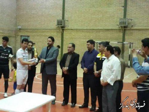 تیم های برتر مسابقات فوتسال جان رمضان بندرگز معرفی شدند