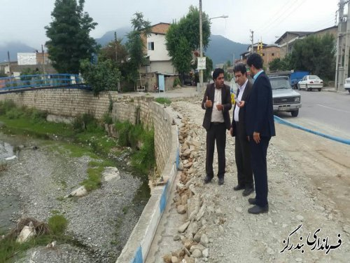 بازسازی جاده و دیواره های رودخانه سیل زده نوکنده تسریع می یابد
