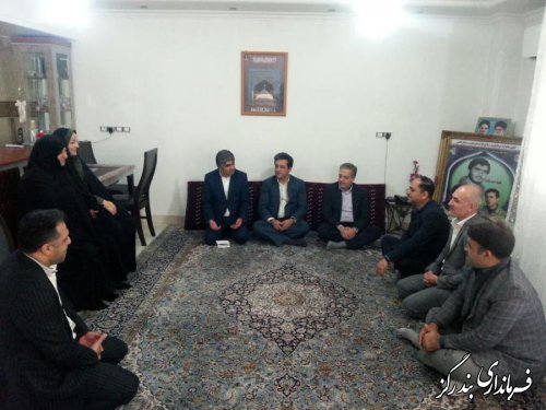 استقامت و ایثار خانواده شهدا تداوم نهضت انقلاب اسلامی است
