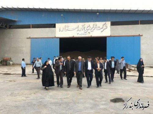 بازدید رییس کل دادگستری و دادستان گلستان و فرماندار بندرگز از واحد تولیدی آرد جفاکنده
