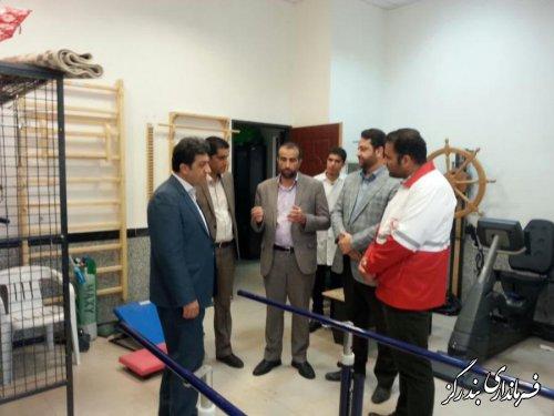 بازدید فرماندار بندرگز از مرکز فیزیوتراپی هلا ل احمر