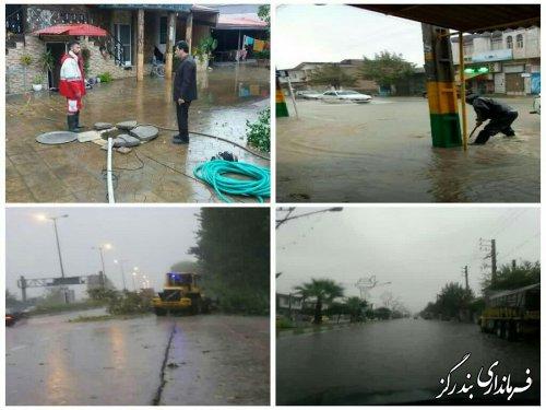 بارش شدید باران و آبگرفتگی معابر در بندرگز