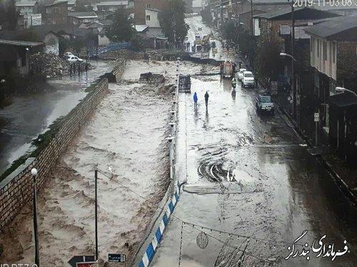 بارش شدید در نوکنده سیلاب جاری کرد