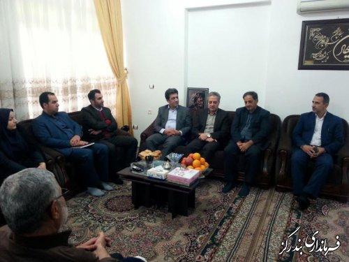 معاون سیاسی و امنیتی استاندار گلستان با خانواده شهید حسینی دیدار کرد