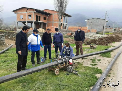 بازدید فرماندار از عملیات اجرایی انتقال آب از بنفش تپه به شهر بندرگز